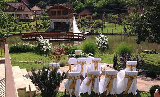 Telkibánya Aranybánya Üdülőpark esküvő lebonyolítása