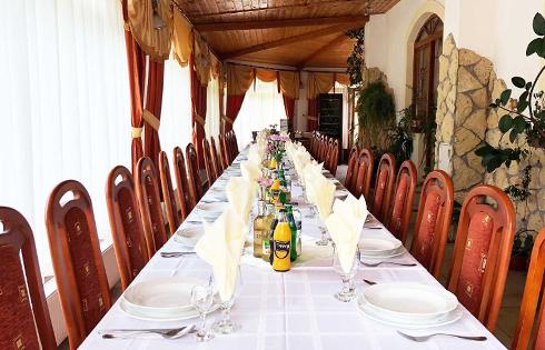 Aranybánya Hotel étterem
