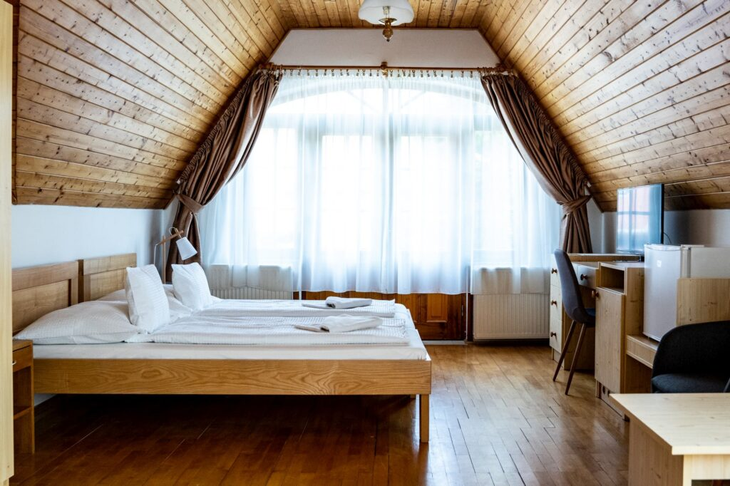 Aranybánya Panzió 2 ágyas szoba pótágyazható