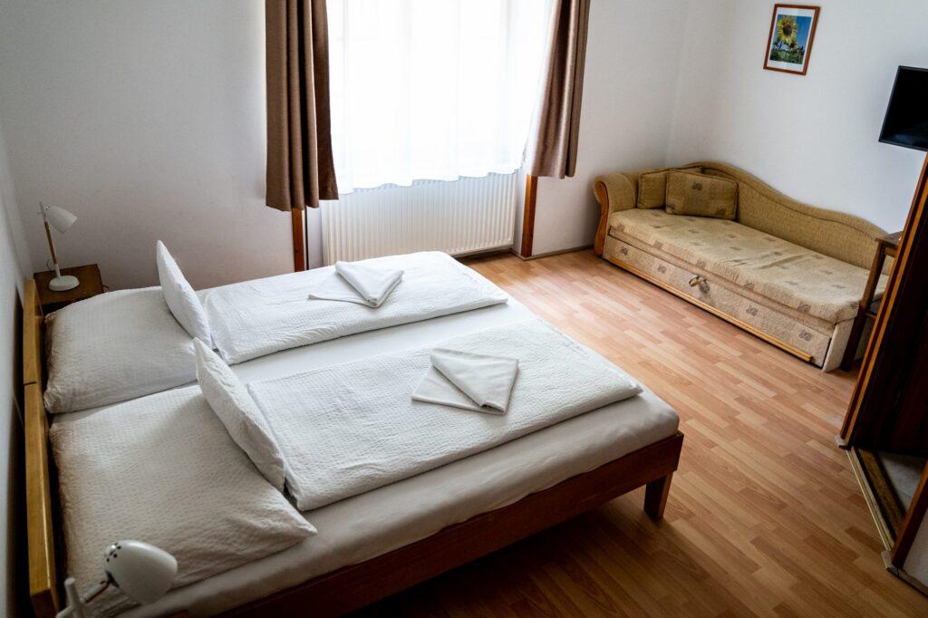 Aranybánya Panzió Telkibánya 2 ágyas szoba