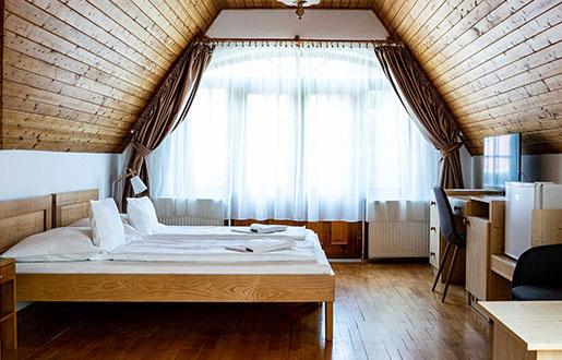 Telkibánya Aranybánya Panzió szoba